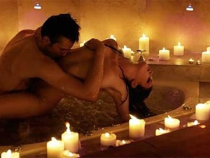 Bathe Together for Great Romance Life!